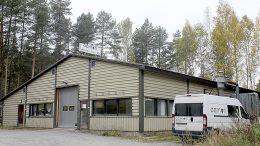Aarnon Puu Oy:n tuotantotilat sijaitsevat Padasjoella Taulun teollisuuskylässä.