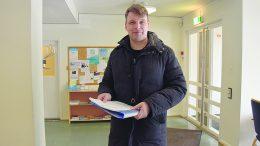 Kimmo Malin jätti kokoomuksen ehdokaslistan keskusvaalilautakunnalle tiistaina iltapäivällä. Viimeinen ehdokas listalle oli saatu vain noin tuntia aiemmin.